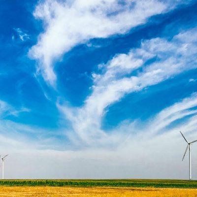 Bis 2050 will Deutschland seine Energie hauptsächlich aus regenerativen Quellen wie etwa Windkraft gewinnen.